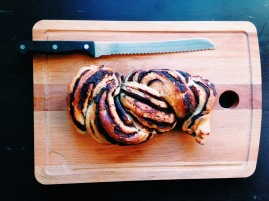 Babka with knife